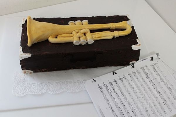 trompete06D99F6C-FB52-B648-FA40-C888A454BECE.jpg